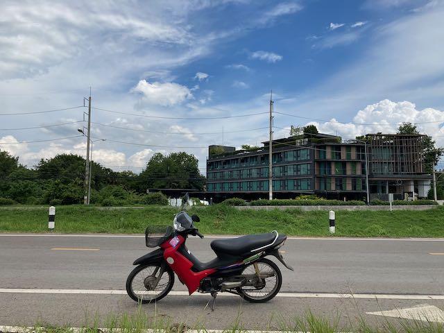 僕の赤いバイク